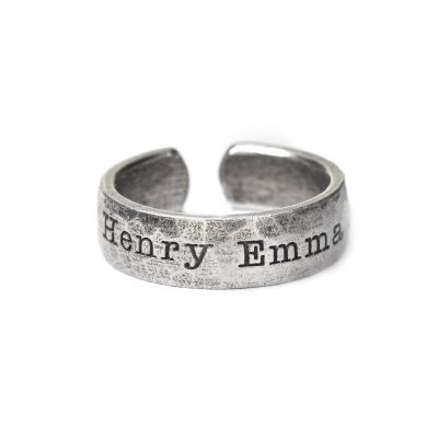 Shared Love Name Ring Hammered [Sterling Silver]
