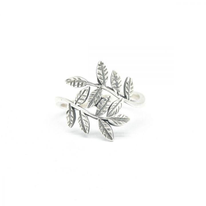 Whispering Leaves Ring [Sterling Silver]