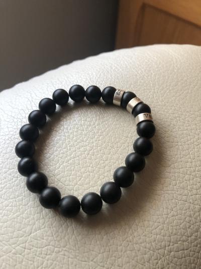 Bracelet Onyx Noir Mat avec Prénoms pour Femme